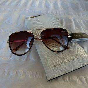 NWT! Quay x JLo All In Mini Sunglasses